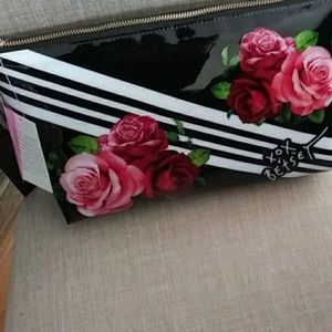 Betsey Johnson black roses nwt